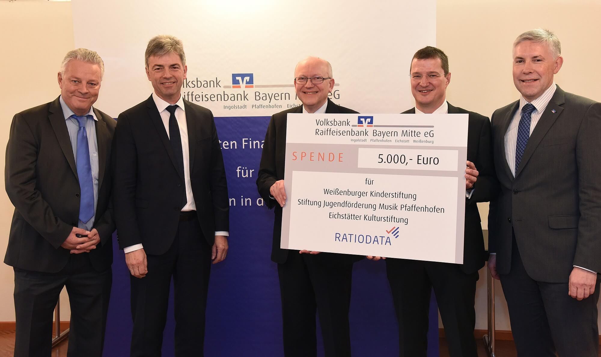 Ratiodata-Spende Volksbank Raiffeisenbank Bayern-Mitte